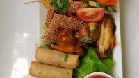 A Thai mixed starter dish